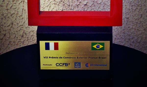 <p>Gran Premio a la Excelencia de Servicios.</p>  - Velours International